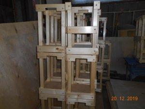 Ящик деревянный, реечный для бутылей с водой